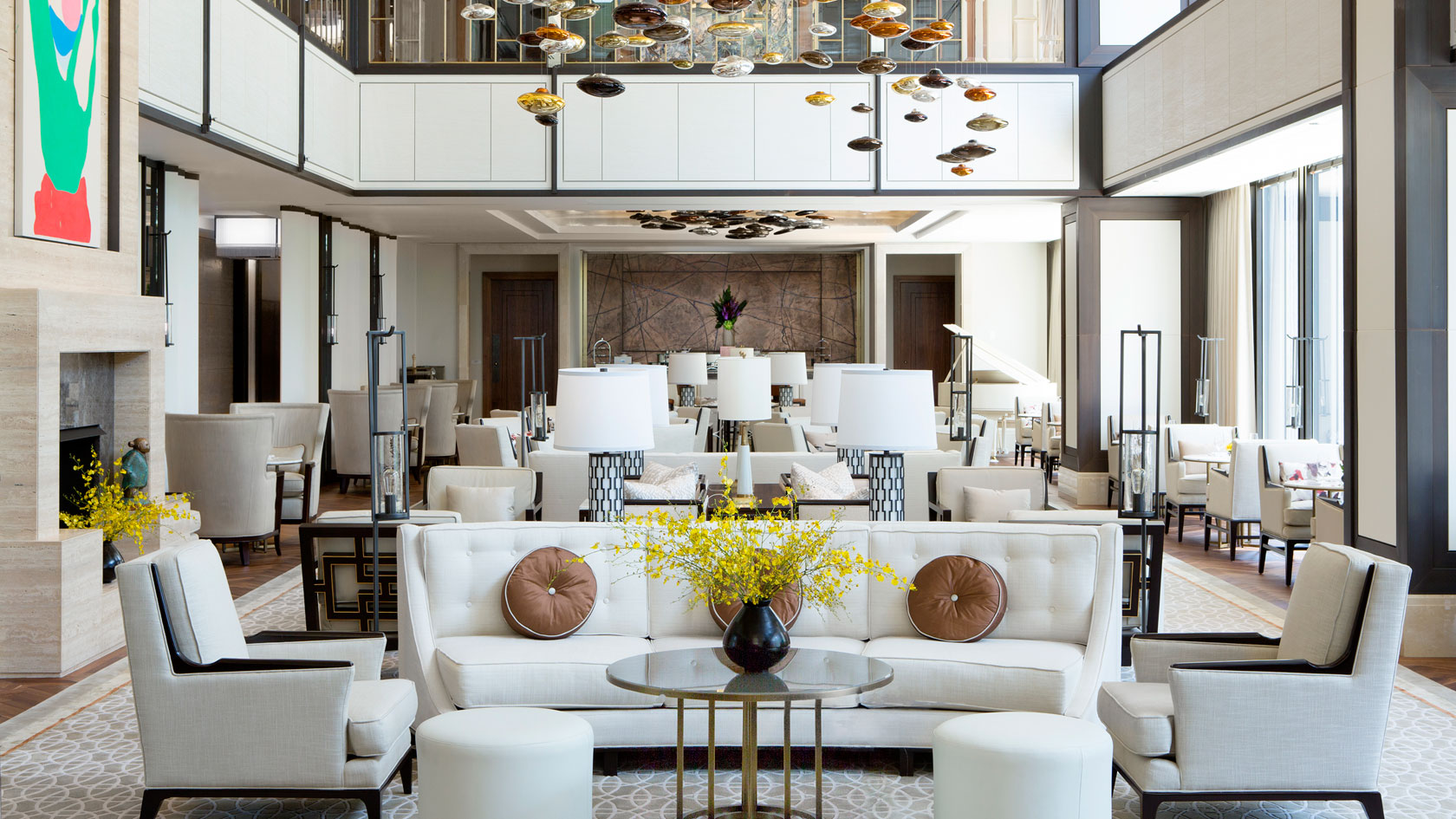 Dining room and lounge at The Langham- Chicago