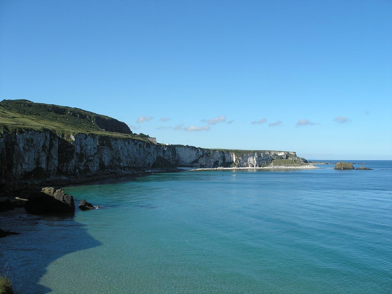 The cliffs of Moher under a blue summer sky