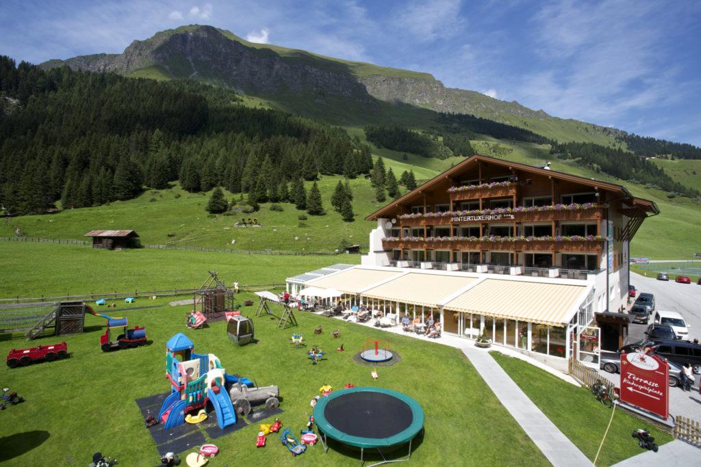 Erstes Kinder- & Gletscherhotel Hintertuxerhof Gewinner trivago Award