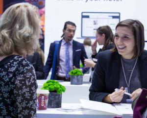 1. Ένας ειδικός στο μάρκετινγκ ξενοδοχείων της trivago συναντάει ξενοδόχους στο WTM London 2017