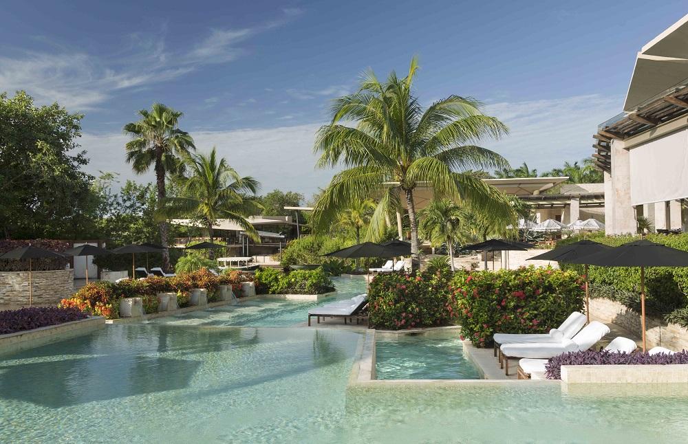 Rosewood Mayakoba piscina
