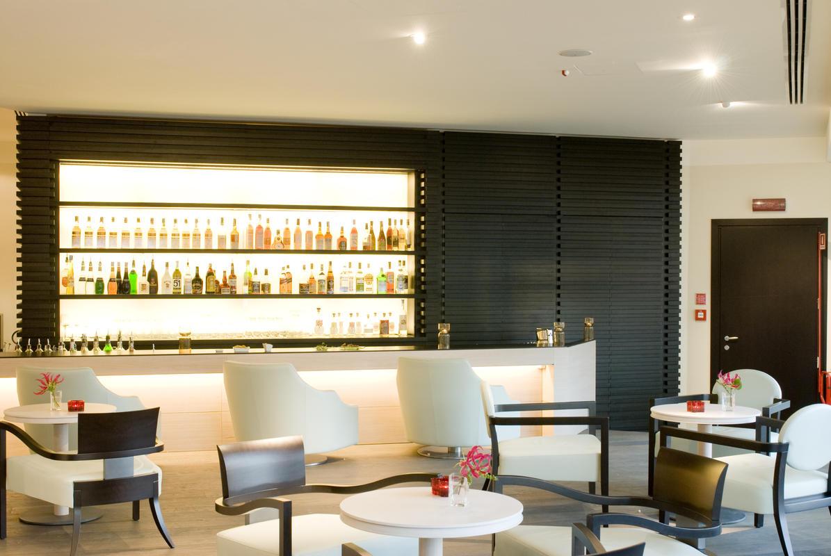 Il bar e Cigar Room del Grand Milan