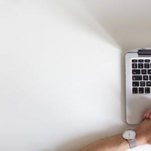 hotelier attends online reputation webinar