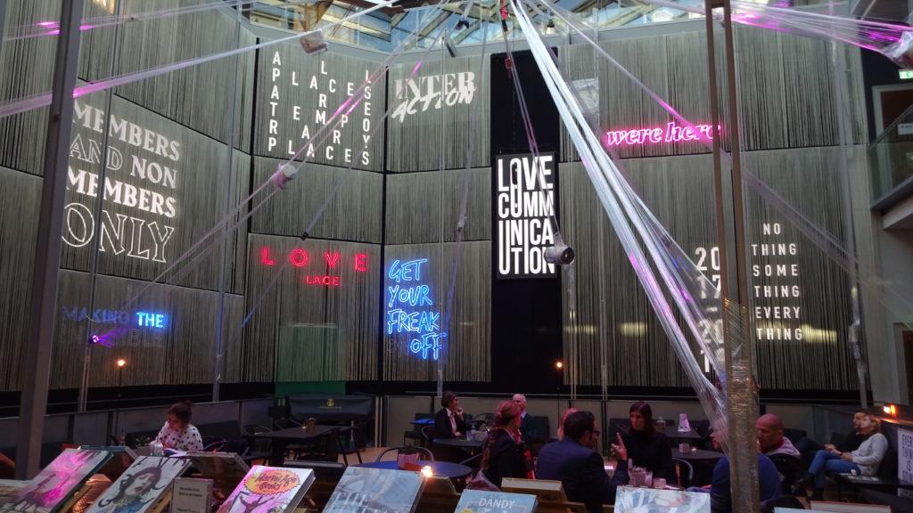 Hotel Lovelace - Bild von der Lobby
